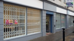 Retractable window gates temple more co Tipperary