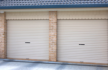 Single skin roller garage door